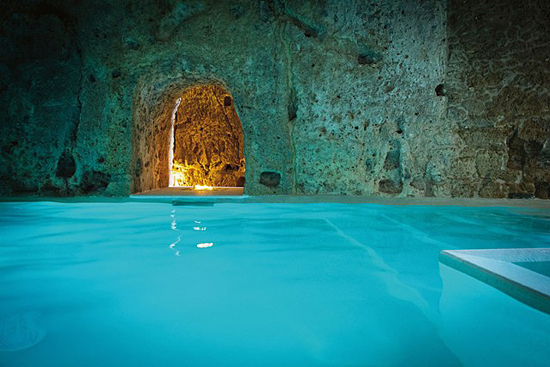 Best hotel pools in the World. Photo: www.cntraveller.com